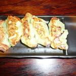 伝丸 - 麺類+しそ餃子(5個) ¥200-