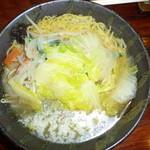 伝丸 - 野菜塩ラーメン¥680- +バター¥100-