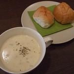 16835173 - スープとパン(ランチ)
