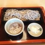 16837754 - 太打ち蕎麦+辛味大根汁