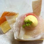 あとりえ MOMO - MOMO大福400円、スフレチーズケーキ350円