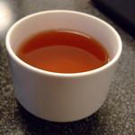 とんかつ福助 - セルフサービスの紅茶「KANDY」