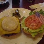 カンティーナ - ネービーバーガー(レギュラーサイズ)+チーズトッピング