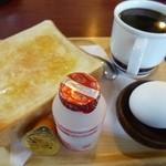 あじさい - 料理写真:2013.02 平日はヨーグルト(ヤクルト)のほかサラダとかも選べます。