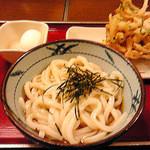 金比羅製麺 - ぶっかけうどん・温玉・かき揚げ天