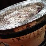 徳山酒場 情熱ホルモン - 七輪 網は細いタイプで新品だった