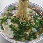 珍元 - チャシウメン(並)550円  麺リフト