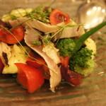 モルソー - 軽くあぶったサバのマリネとフルーツトマト(1400円)