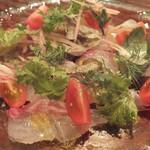 16867932 - 「真鯛のカルパッチョ」:山梨・上野原ハーブガーデンのハーブ、                       ミニトマトとミョウガを散らして♪