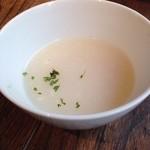 巴馬ロハスカフェ - 軟骨の入ったスープ
