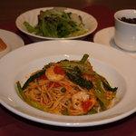 炭の花 - 週替り ロッソパスタランチ じっくり煮込んだトマトソースの旨みを是非。