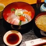 活漁レストラン藤 - 料理写真:漁師丼