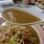 金龍食堂 - コクのあるスープが美味しいです