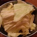 串カツ酒場 ナニワ屋 - 料理写真:付き出しのキャベツ