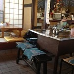桜井焼そば屋 - 1卓だけの鉄板テーブル