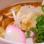 夢草紙 さんだ村 - もっちりした麺にちょっぴり辛めのカレーうどんはいかがですか?辛さはお好みでご注文頂けます