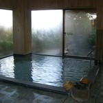 16898391 - 大浴場。誰もいない間に素っ裸で必死の形相で撮りました。