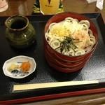 饕餮庵 - 割子そば三段(麺はうどん)