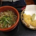 饕餮庵 - 天ぷらそば(麺はうどん)