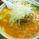 龍巳飯店 - エビわんたん入り担々麺