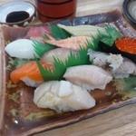 元気や寿司 - 料理写真:おすすめ盛り合わせ竹10貫1000円(赤だし付き)
