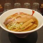 にぼしらーめん とつき - 煮干らーめん(中盛)680円