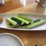 蕎庭 - 「もろきゅう」、自家製にんにく味噌添え