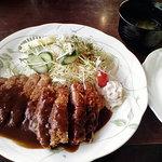紀和 - 料理写真:とんかつ定食(871円)