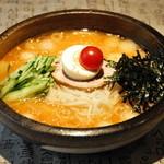 飛楊鳥 - ビヤンド特製味噌冷麺