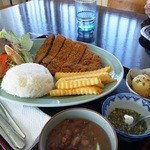 もろみや - ビーフェミナレーサ(牛カツ)850円