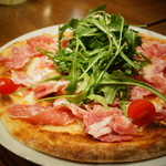 SPERANZA - ランチ、ルッコラとプロシュートのピッツァセット、1500円
