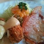 ミヨシ - 日替わりランチ(牡蠣フライとポークソテー)