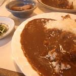 花野菜 - カレーライス (850円)