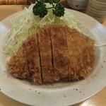 とんかつ燕楽 - ロースかつ定食2000円