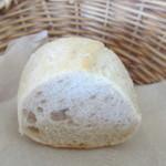 KOST - 自家製パン2個目