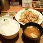 やよい軒 - 生姜焼き定食 580円