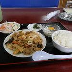 四季紅 - 3種の海鮮炒めのランチ