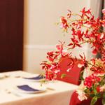 G&V - テーブルのお花で癒されて下さい