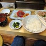 串かつ新世界 - 日替わり刺身定食