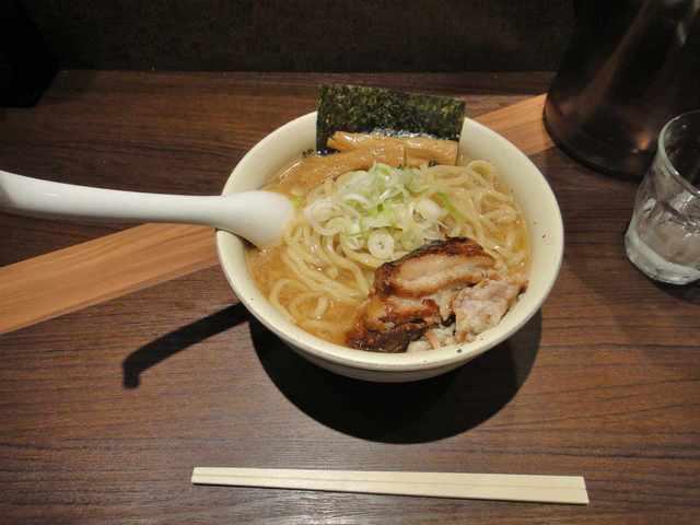 麺屋武蔵 神山 - 通常のラーメン