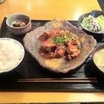 気まぐれ厨房 ごっつ - 鶏唐ユーリンソース定食(750)