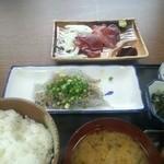 16957581 - 生しらす定食  カツオの刺身