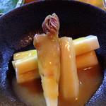 酒と肴の たか木 - 山うど酢味噌。
