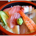 割烹 万久馬 - 料理写真:海鮮丼のボリュームセット