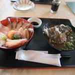 伊達本舗 - コスパ最高!五島灘丼の全景