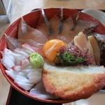 伊達本舗 - 丼は刺身がてんこ盛り