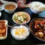 16964819 - 選べる2種類ランチ(エビチリ・酢豚)