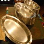 開運1円カレー - 皿は大中小のステンレス