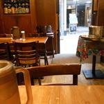 開運1円カレー - テーブル並べて相席
