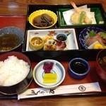 やはぎ川和風料理 - 料理写真:松花堂弁当